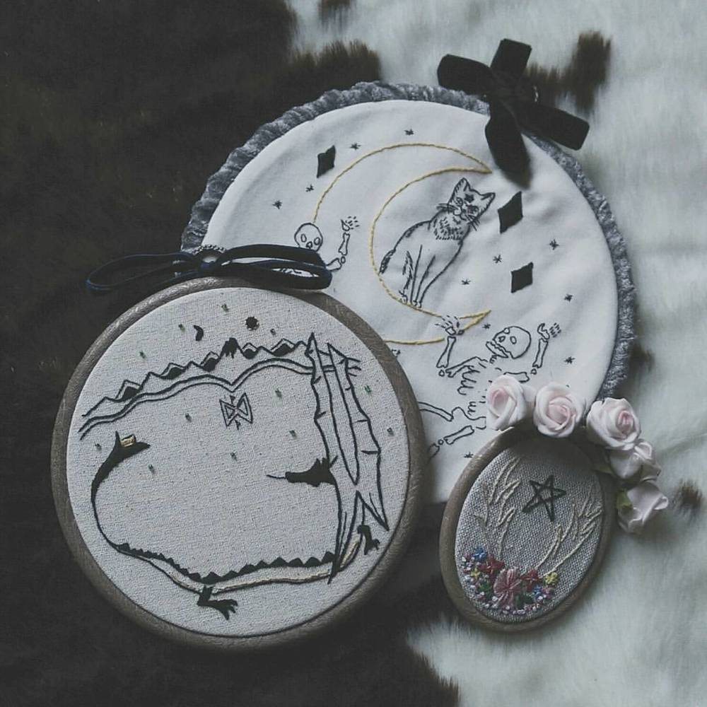 These lovely embroidery hoops arrived today from @theyellowwallpaper89 ! Can't wait to put them up ❤ #needlework #thehobbit #etsyshops #treatyourself #theyellowwallpaper #vsco #vscocam #vscogood #wearevsco #bestofvsco #afterlight #afterlightapp #shopsmall #handmade #handcrafted #embroidery #liveauthentic #