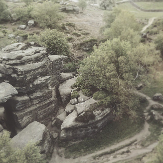 We managed to find time yesterday to enjoy some rambling at brimham rocks - how did you spend your bank holiday weekend? #vsco #vscocam #vscogood #wearevsco #bestofvsco #afterlight #afterlightapp #rambling #ramble #climbing #brimhamrocks #bankholiday #naturelovers #moorland #rocks #hordstore (at Brimham Rocks)