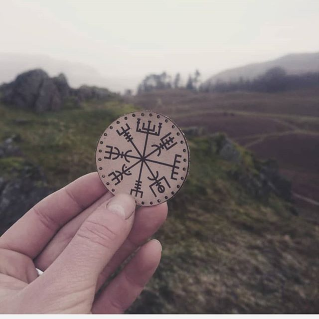 Today on #marchmeetthemaker is all about customers and feedback and what better way than to share one of our lovely customers @megimc pictures!  We love to see where our products end up around the world as well as how they are used! Tag us in your photos and use the hashtag #myhord to keep us in the loop.  Our customers mean the world to us, you have helped shape our business and let it flourish - so a major thank you to you all!  We shall be sharing some of our feedback and reviews over on our stories today - they always bring some light into our lives and motivation, especially when we are tired or a little fed up. . . . . . . . #liveadventurously #simplyadventure #wildme #natureaddict #travelstoke #keepitwild #roamtheplanet #getoutdoors #earthfocus #campvibes #wherewillwegonext #lifeofadventure #neverstopexploring #wearestillwild #seeyououtthere #adventuretillwedie #alifealive #themountainiscalling #letsgosomewhere #hikefurther #stayandwander #wildernessculture #theoutbound #handsandhustle #vegvisir #runes #vikingstyle