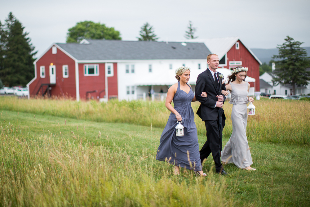 Four_Wings_Photography_Wedding_Red_Barn_at_Hampshire_College-24.jpg