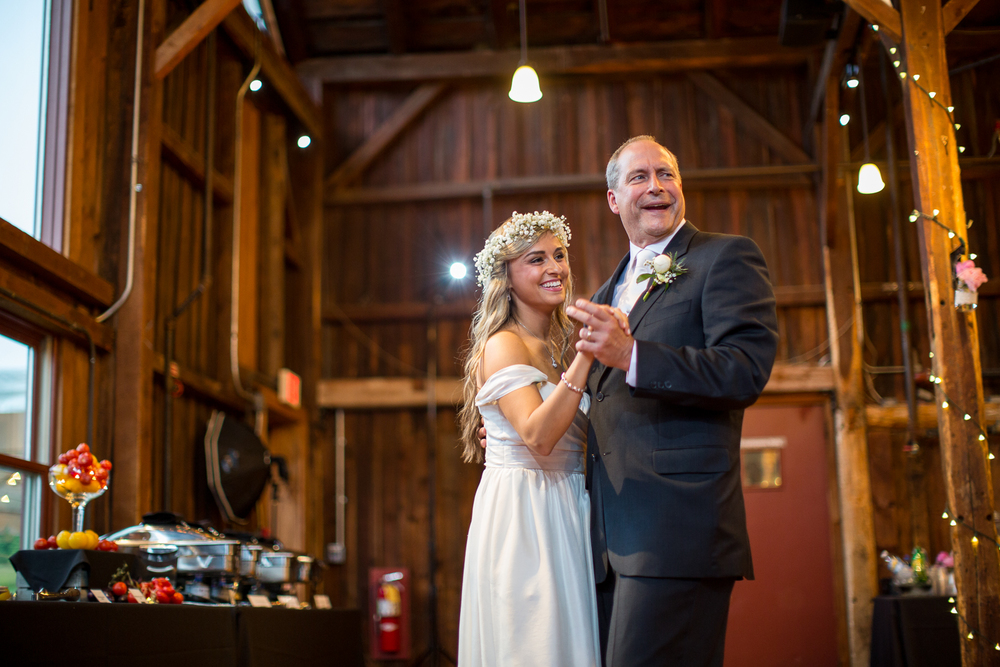 Four_Wings_Photography_Wedding_Red_Barn_at_Hampshire_College-41.jpg
