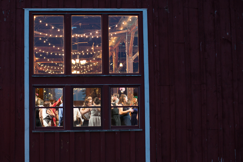 Four_Wings_Photography_Wedding_Red_Barn_at_Hampshire_College-46.jpg