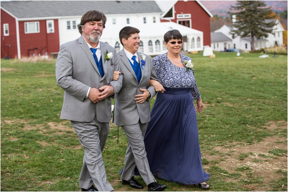 The-Red-Barn-Hampshire-College-Wedding-Four-Wings-Photography_0058.jpg
