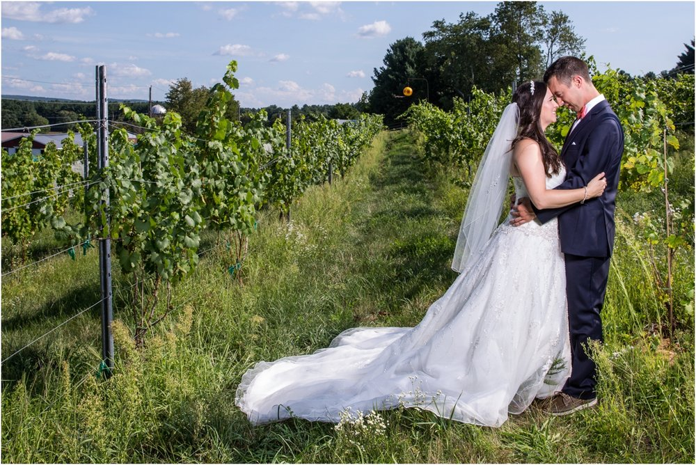 Black-Birch-Vineyard-Wedding-Four-Wings-Photography_0042.jpg