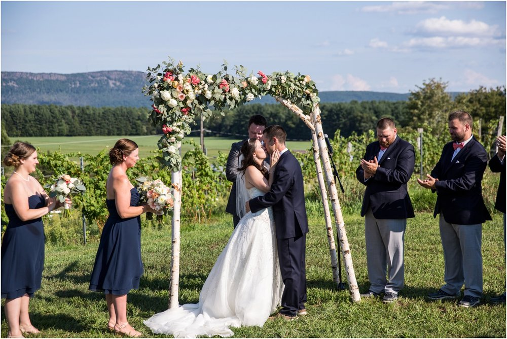 Black-Birch-Vineyard-Wedding-Four-Wings-Photography_0054.jpg