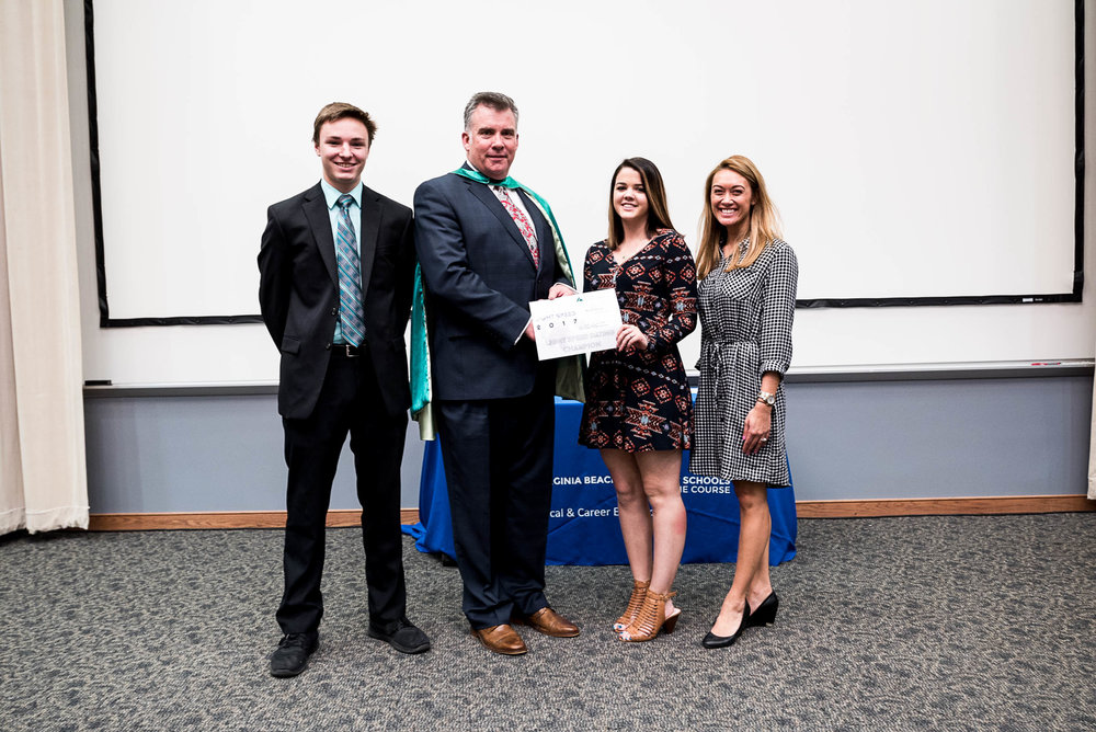 Ink. Inc of Cox High School won the first-ever Light Speed Dating elevator pitch competition (Pictured with teacher Jade Bolling and JA President Frank E. Hughlett).