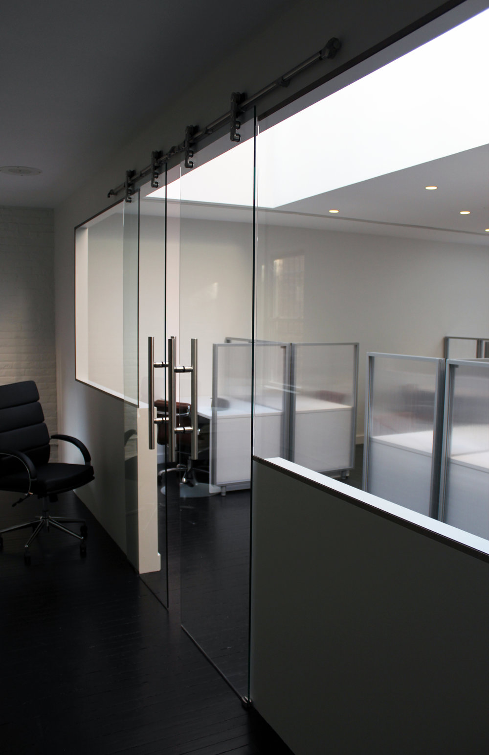 GLASS PARTITION # 2.jpg