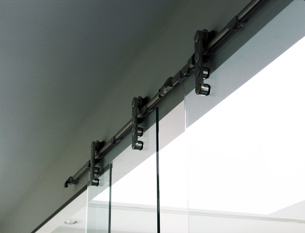 GLASS PARTITION #3.jpg