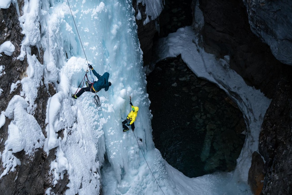 tuttle filming ice climber jess roskelley
