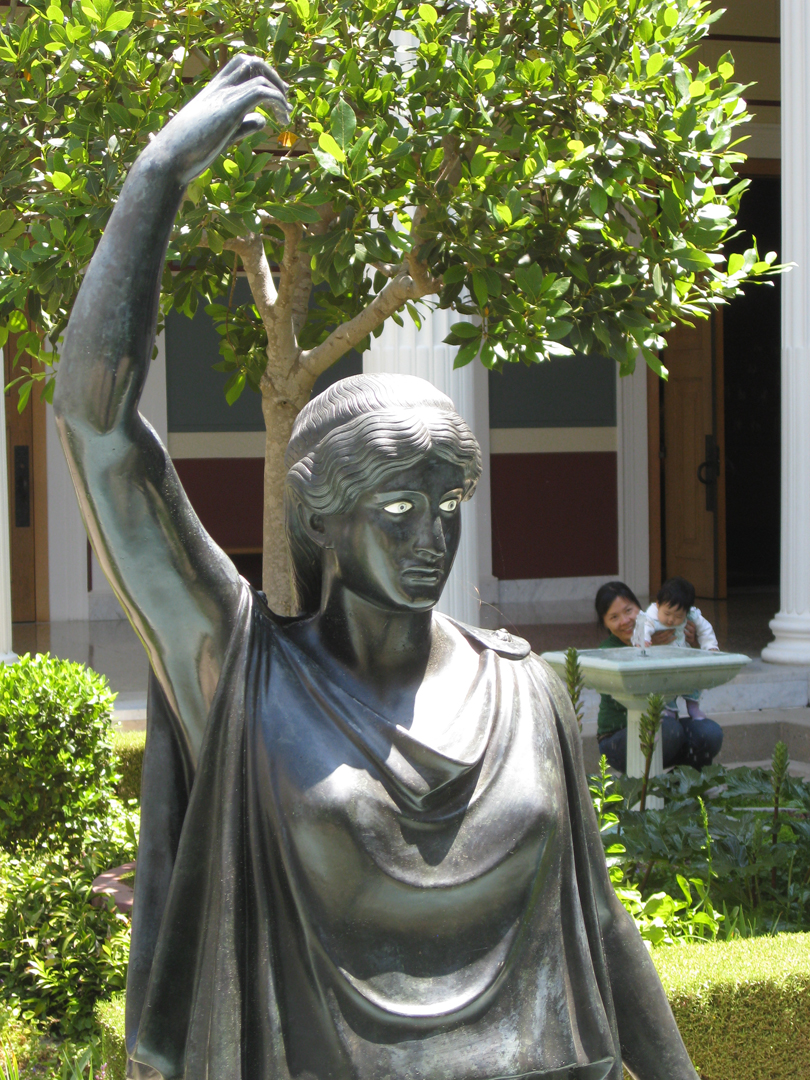 getty-villa-statue.jpg