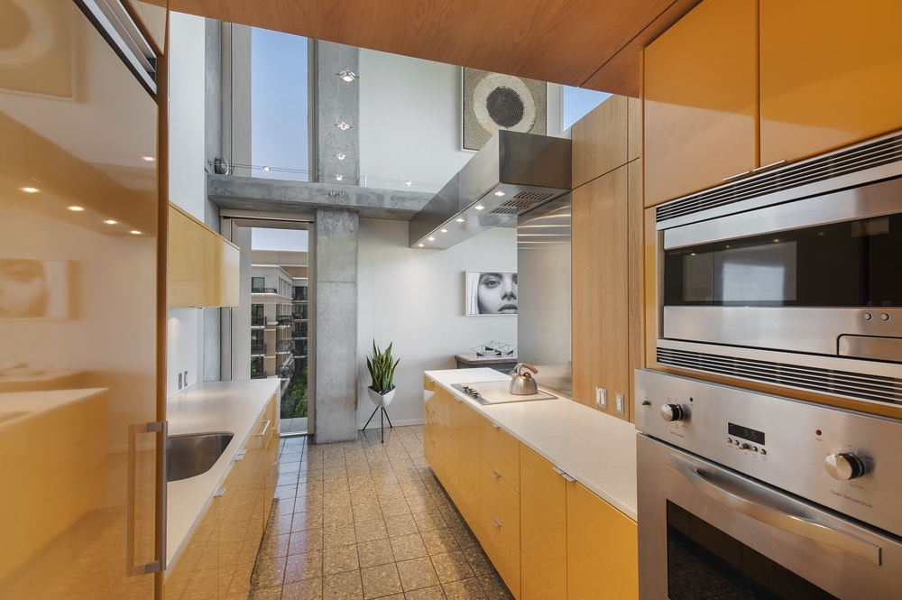 Presidential Loft Suite Kitchen.jpg