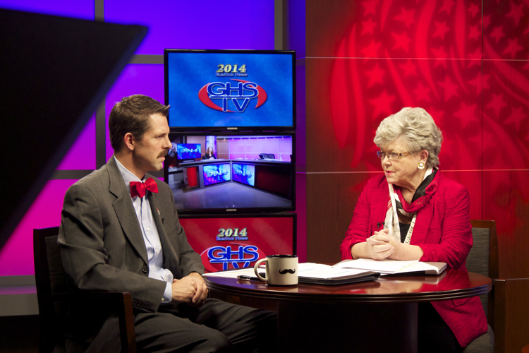 Educators and political analysts Rob Thomas and Ruth Dunning offered insight on the races and interviewed the numerous civic leaders who stopped by Tuesday night.