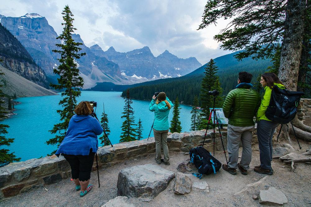 Photo Group Moraine Lake.jpg