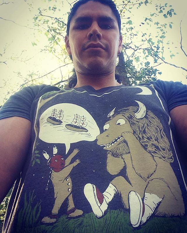 We are bringing this tee back in November :) 📸 @chiefpinto05 ・・・ Is it Columbus Day??? Because I heard its Indigenous Peoples' Day! #nativeamerican #native #ntvsclothing #ntvs #teamntvs #indigenouspeoplesday #forgetcolumbusday #nativelivesmatter