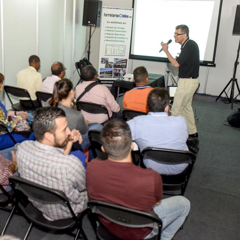 Capacitación - CHARLAS Y DEMOSTRACIONESEn Expoferretera se dan charlas y demostraciones sobre temas y productos de relevancia para el sector.Si desea dar una charla llame aquí:Tel +506 4001-6743
