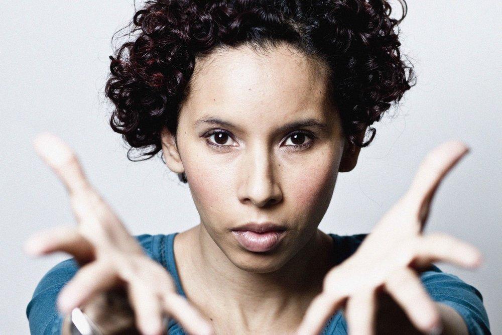 Mónica Delgado Lemos. Actor. Word- magic