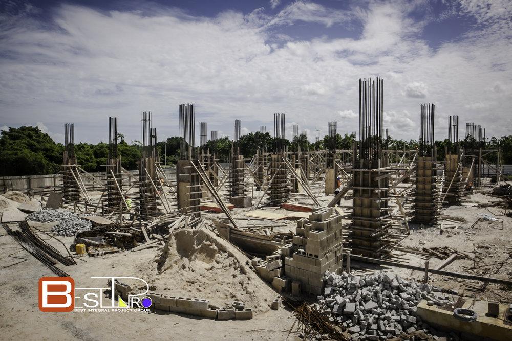 Building Aqua Boulevard.jpg