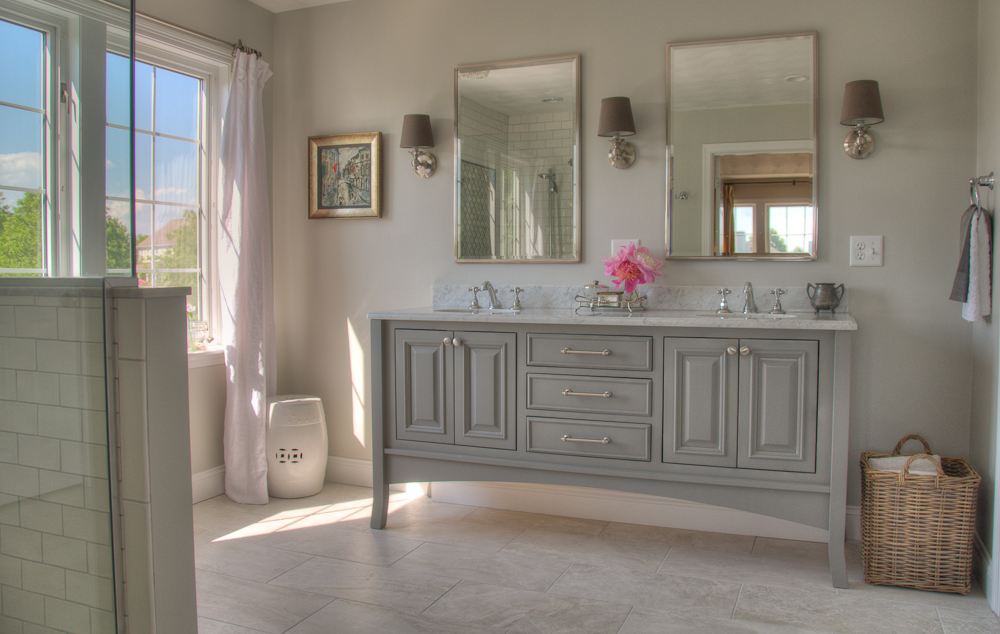 Shower _Vanity .jpg
