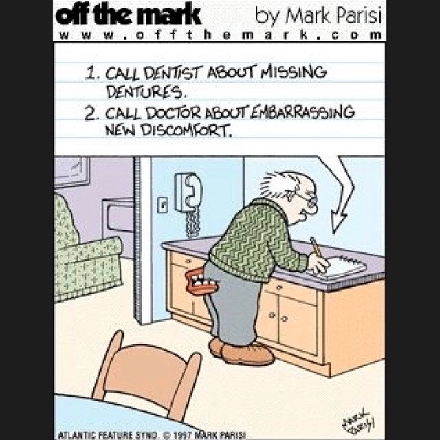 I hope this has never happened one of my patients. 😳 #ouch #mondayfunday #dentalhumor