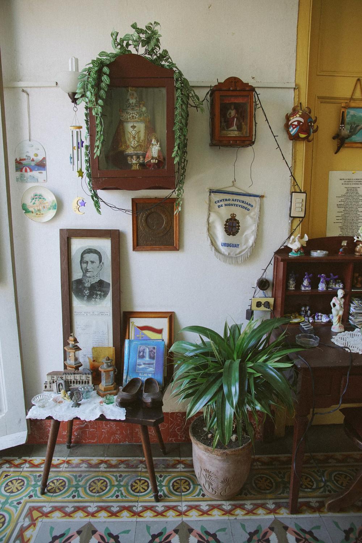 Leonor's home.