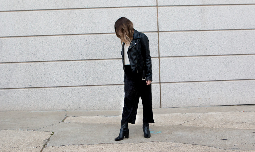 Culottes- TFNC London  Jacket-F21   Boots-Zara