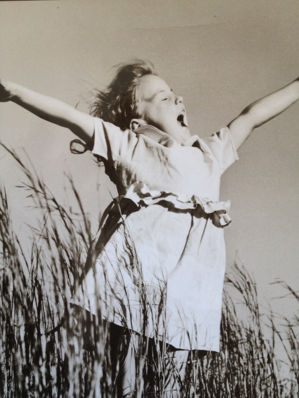 I feel like this is a great depiction of how my joy feels. Yes! Expansive, song-filled joy!