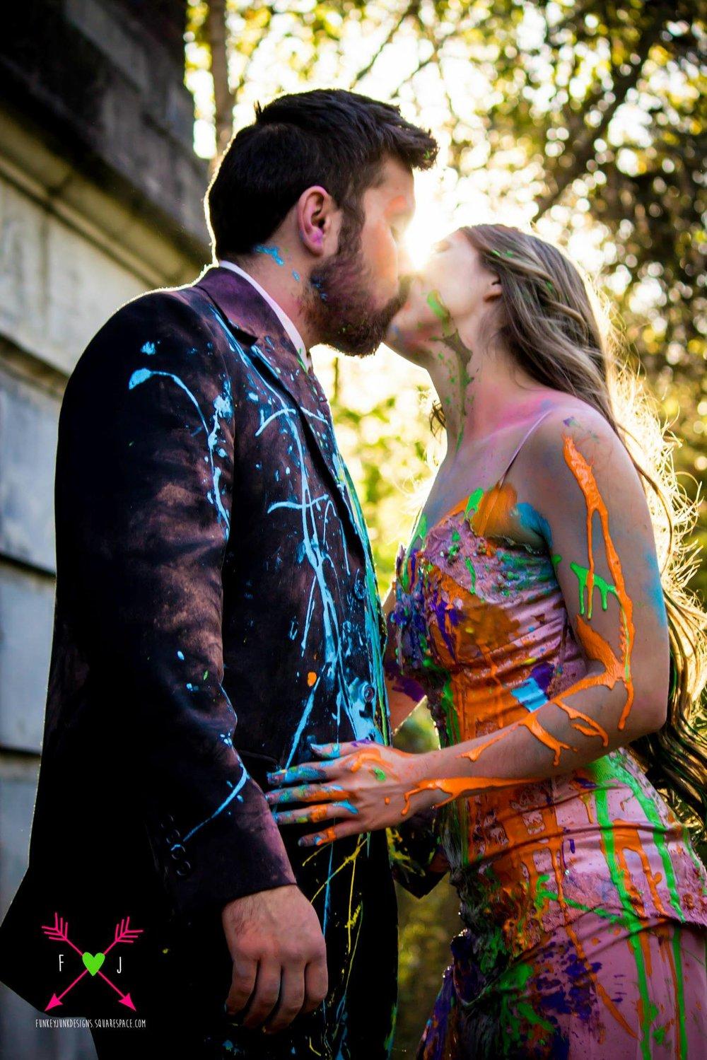 Couples Paint Fight Photoshoot in Cincinnati Ohio
