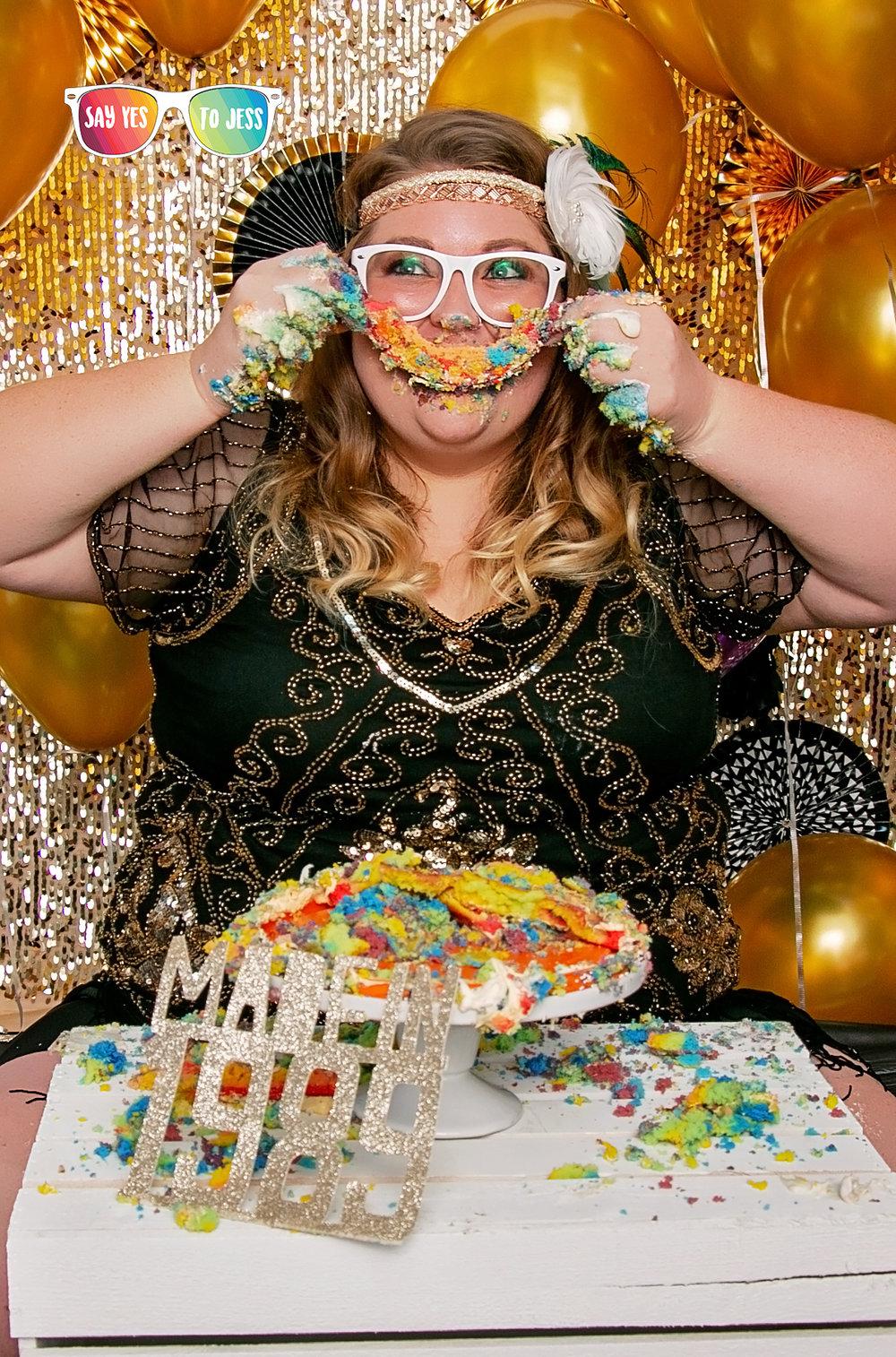 Cincinnati Ohio Adult Cake Smash happy 30th Birthday.jpg