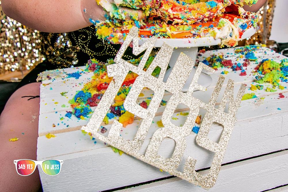 1989 kids turn 30 this year Birthday cake smash.jpg