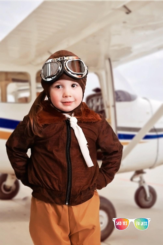 Kids dressed as Amelia Earhart for International Womens day  in Cincinnati Ohio.jpg