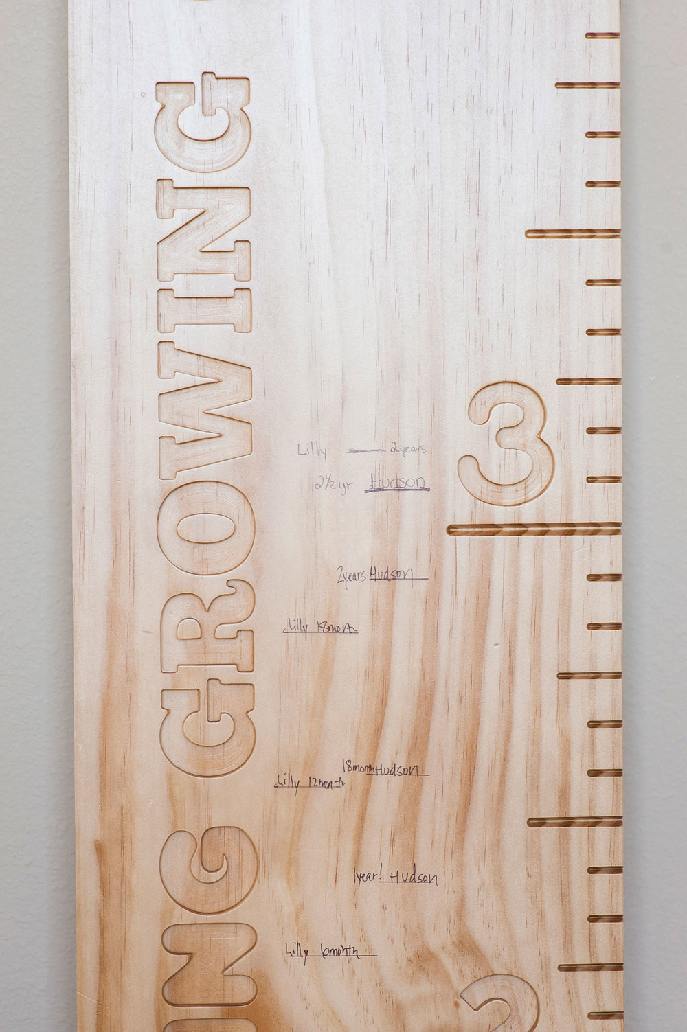Board Detail / Radiata Pine Board / Multiple Fonts / Lacquer Finished