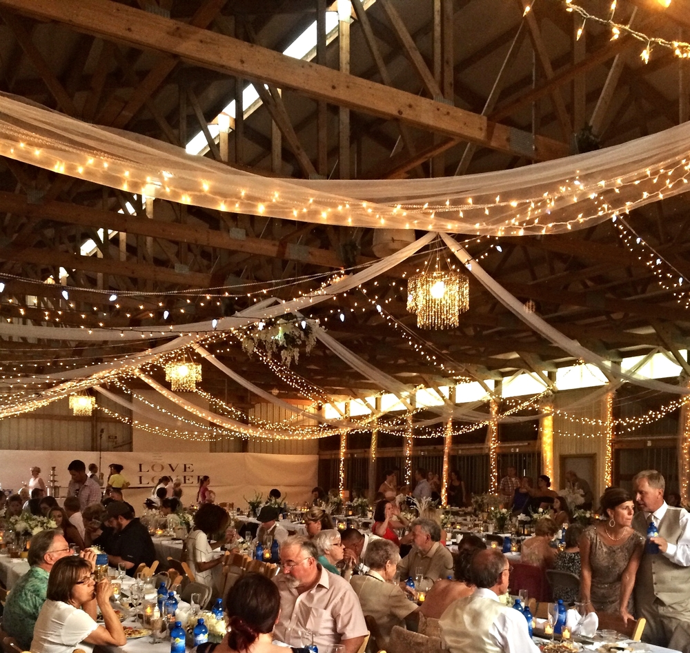 The clean, comfortable reception barn.....nearly 400 people