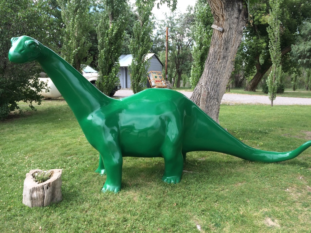 Lots of Sinclair gas stations, so lots of green dinos. Very appropriate, don't you think
