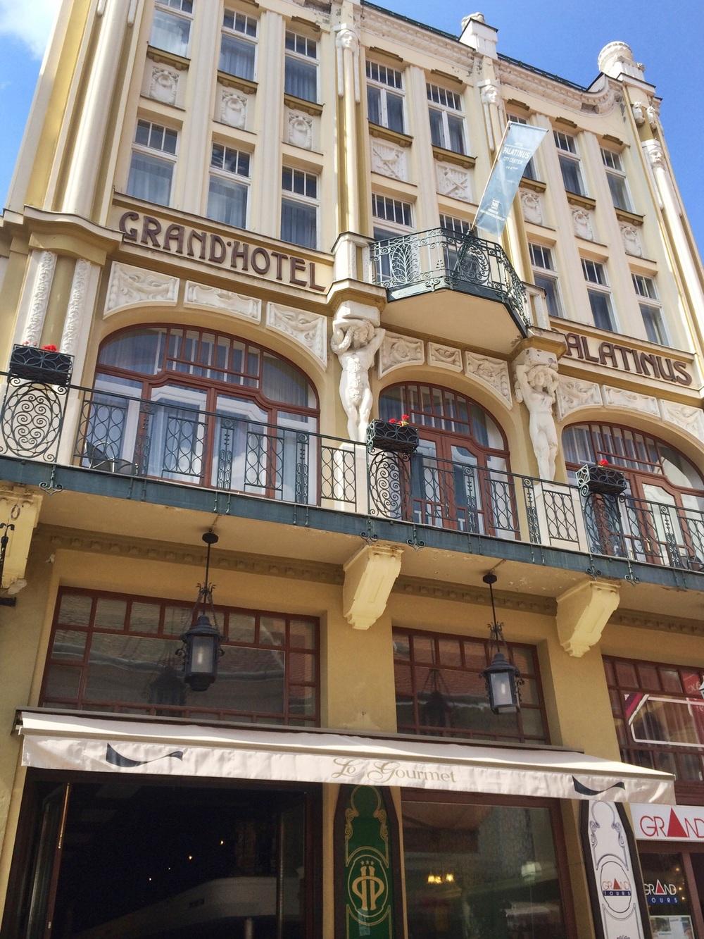 Art Nouveau Grand Hotel Platinus