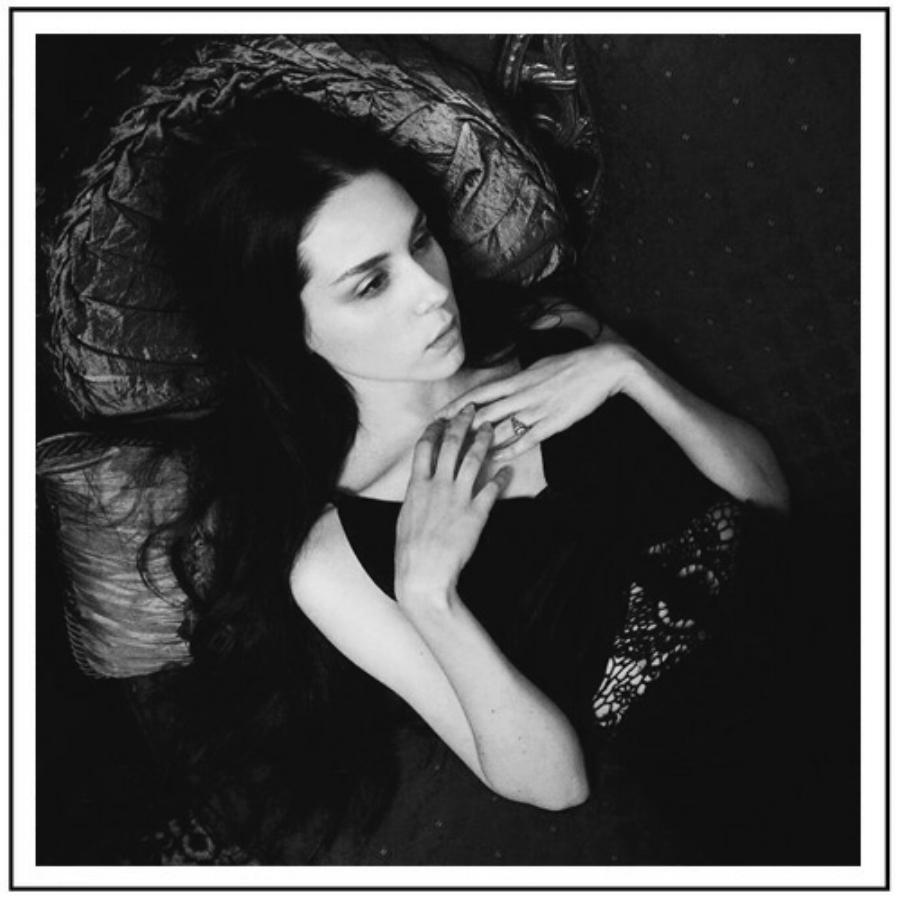 Cassie-Meder-casstronaut-portrait-velvit-Nashville-artist.jpg