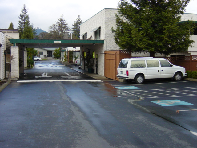 Redwood Motel, Building C (2002, Prior to Remodel) Grants Pass, Oregon Heiland Hoff, Project Architect