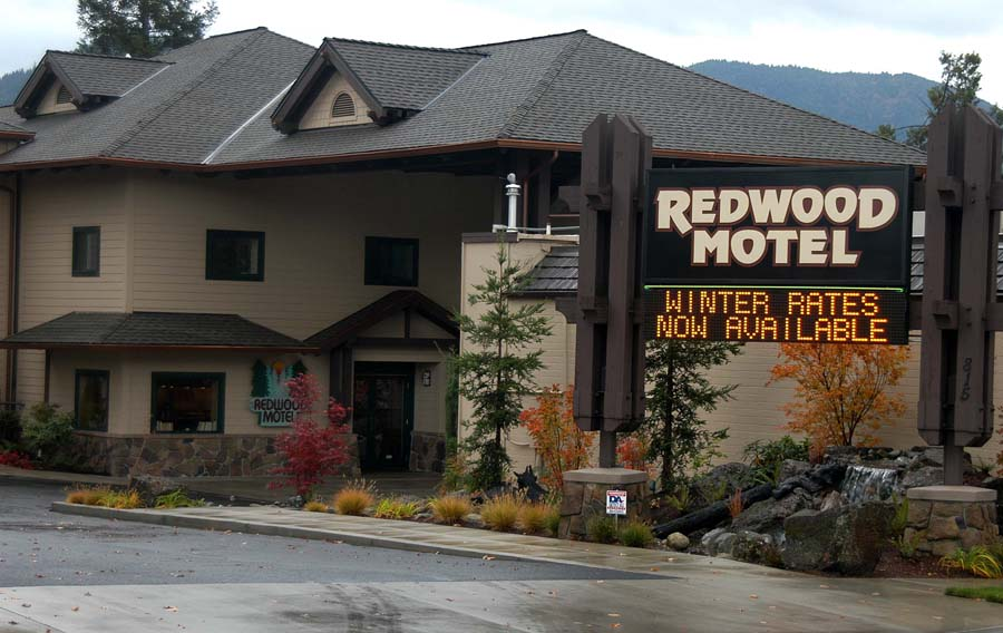 Redwood Motel, Buildings C and D Grants Pass, Oregon Heiland Hoff, Project Architect