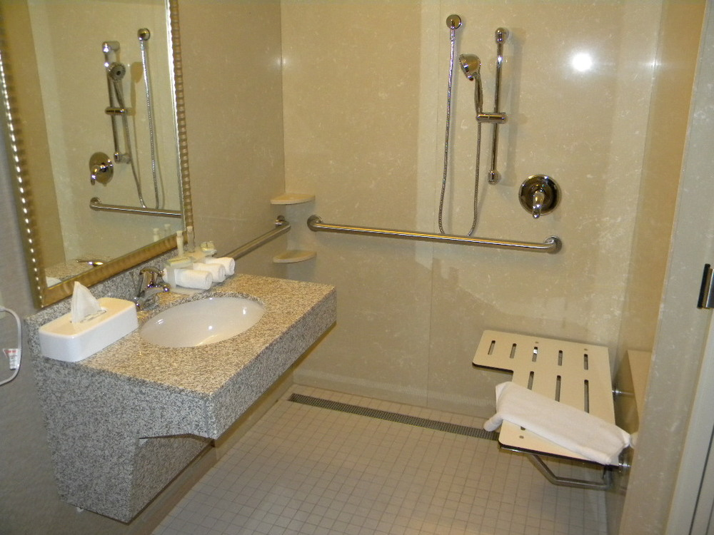 Holiday Inn, New Handicap-accessible Bathrooms Grants Pass, Oregon Heiland Hoff, Project Architect