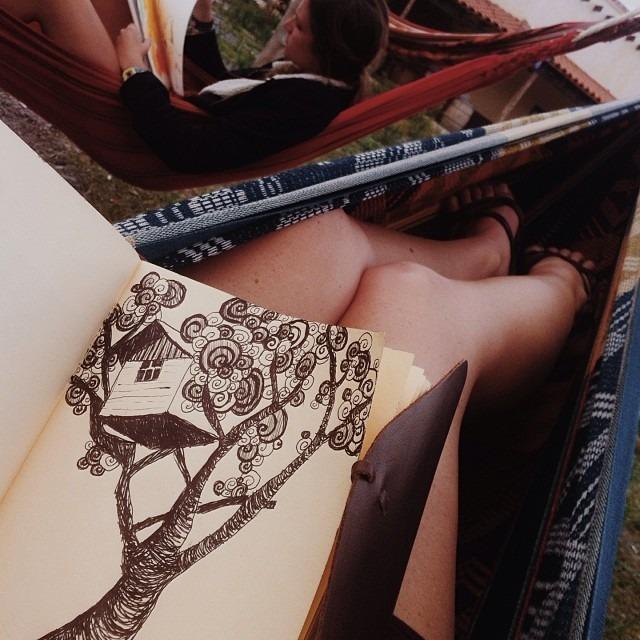Sunday sketching in hammock land! #artfulventure #travelgram (at Loki Salta)