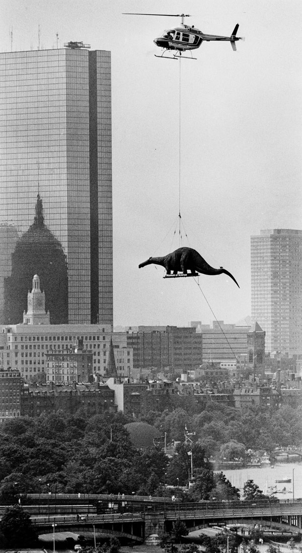 luzfosca: Arthur Pollock Flying to the Museum of Science in Boston, 1984.