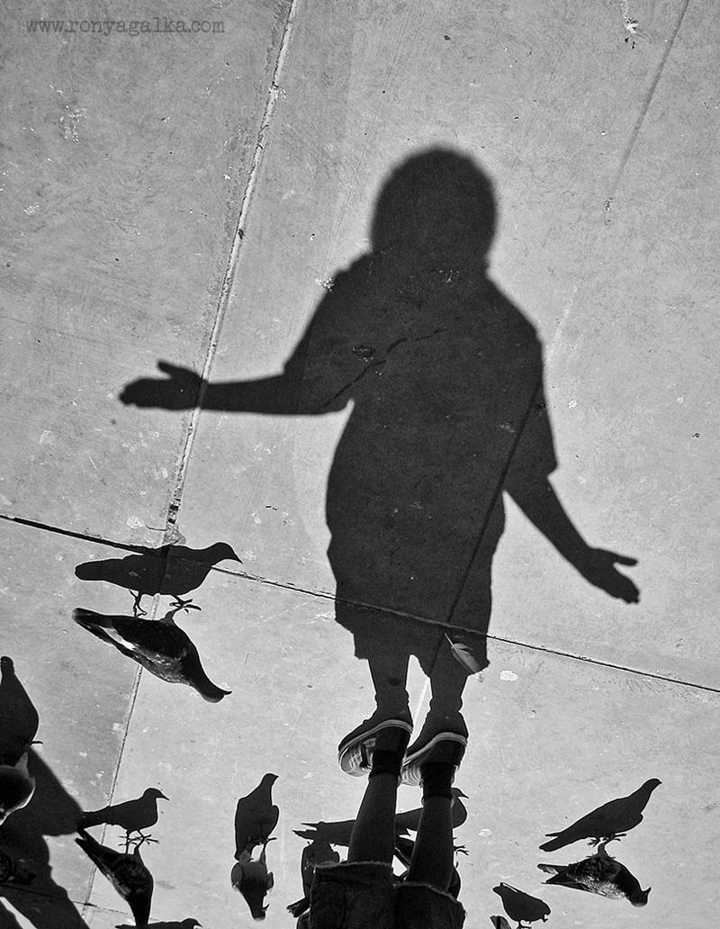 street-photography-london: TS © Ronya Galka