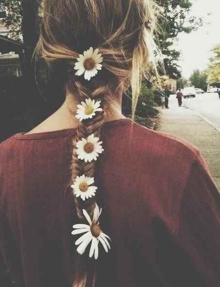 Flowers in her Hair.  follow for Fashion+Indie+Art+Wanderlust