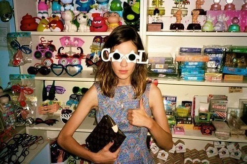 cool cat, indeed. follow for wanderlust + indie + art + fashion