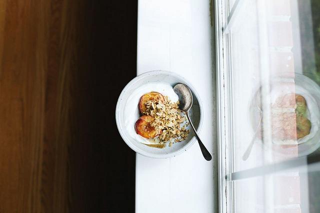 grett: five spice roasted peaches + sesame glazed oats by seven spoons • tara on Flickr.