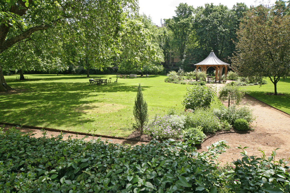 dowling jones communal gardens notting hill