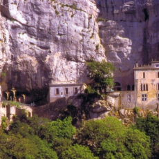 mary_magdalenes_cave.jpg