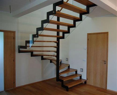 специальная Лестница для таунхауса