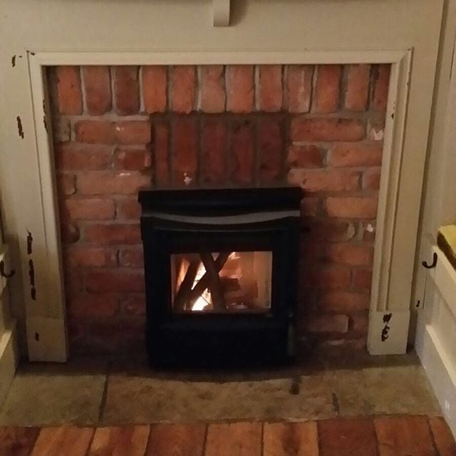 Installation of a ESSE MF 301 into the wheatsheaf inn located in Brigsteer in the Lake District #hetas #solidfuel #woodburner #stove #fireplace #insetstove #esse #wheatsheafbrigsteer