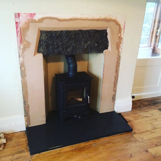 Stove installation with fireplace renovation #5kw #deanforge #solidfuel #stove #fireplace