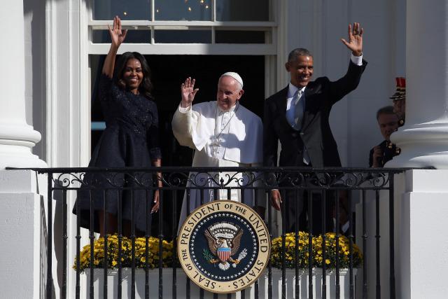 obama-popewh.jpg